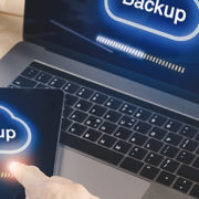 Data backup devices synchronizing