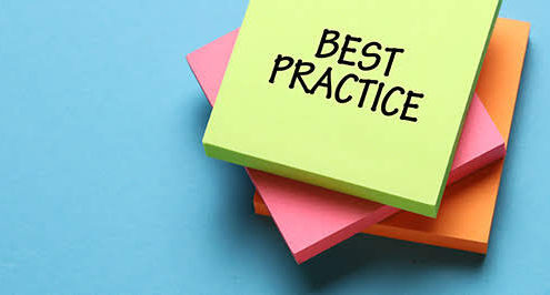 Sticky note with data backup best practices